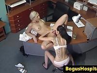Lezbiyen sekreter ve iş arkadaşı