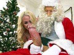 Noel babanın sikine bayıldı